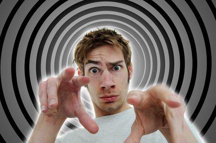 techniques d'hypnose pour mieux convaincre