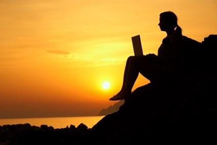 devenir libre et indépendant grâce à internet